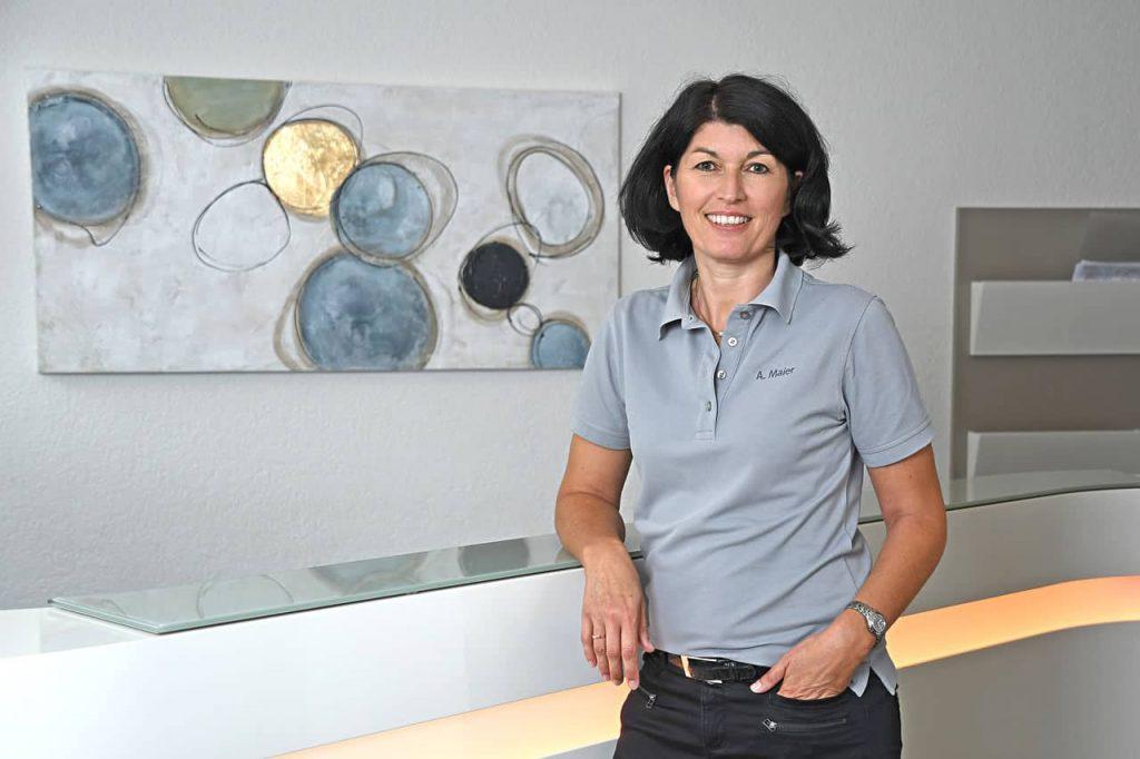 Frau A. Maier
