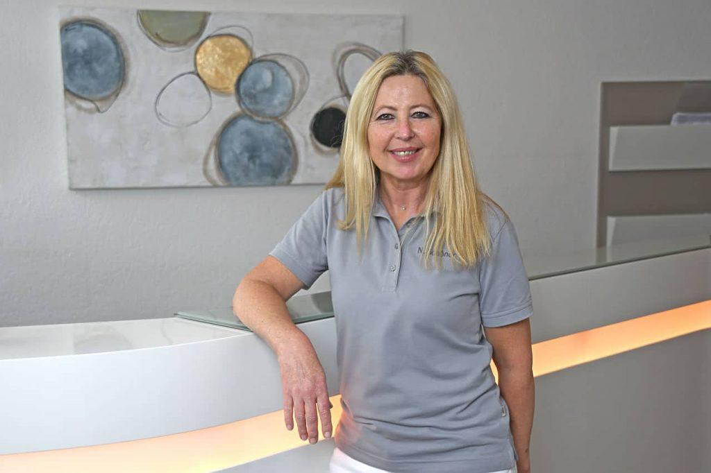 Frau Schöner